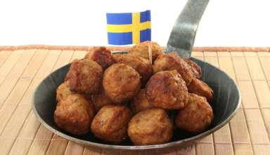 Meatballs with Swedish flag in the middle