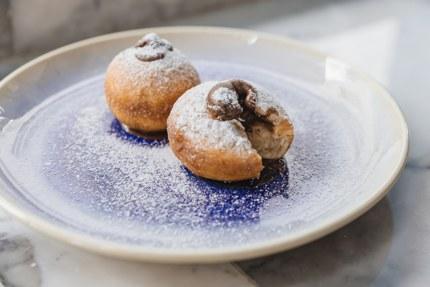 Bombolone (Italian doughnuts)