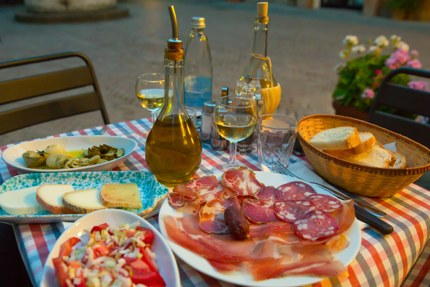 Typical Tuscan snacks in Pienza, Tuscany