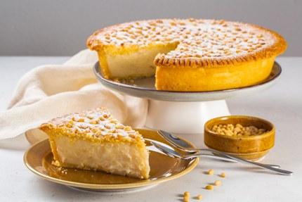 Torta della nonna (custard tart)