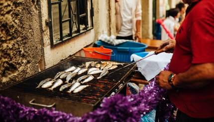 Grilled sardines at Festo de Santo Antonio