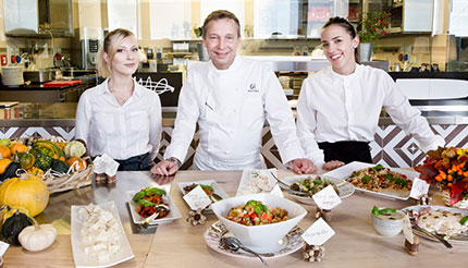 Oliver Glowig and his team